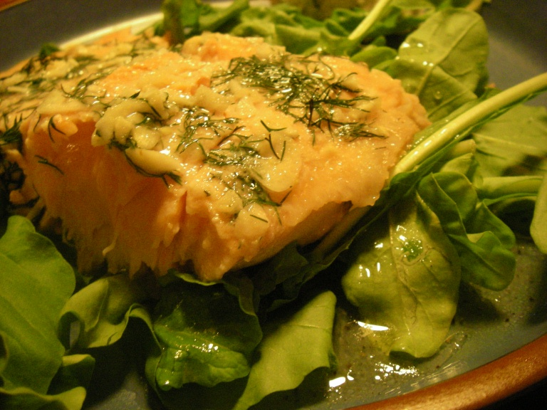 Salmon with dill mac nut marinade