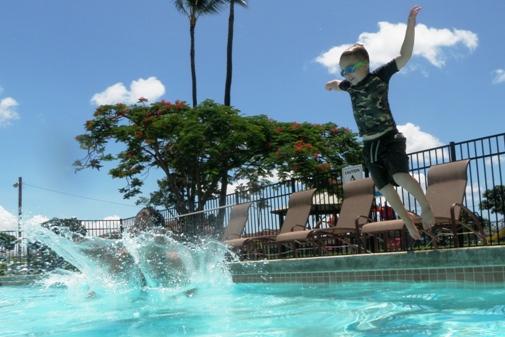 super splash at April's pool!