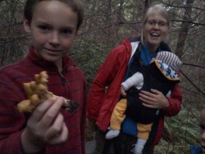Out hunting chantarelles with Ingunn and Esther! Thank goodness we had expert guidance. Hunting edible mushrooms is not something we take lightly!