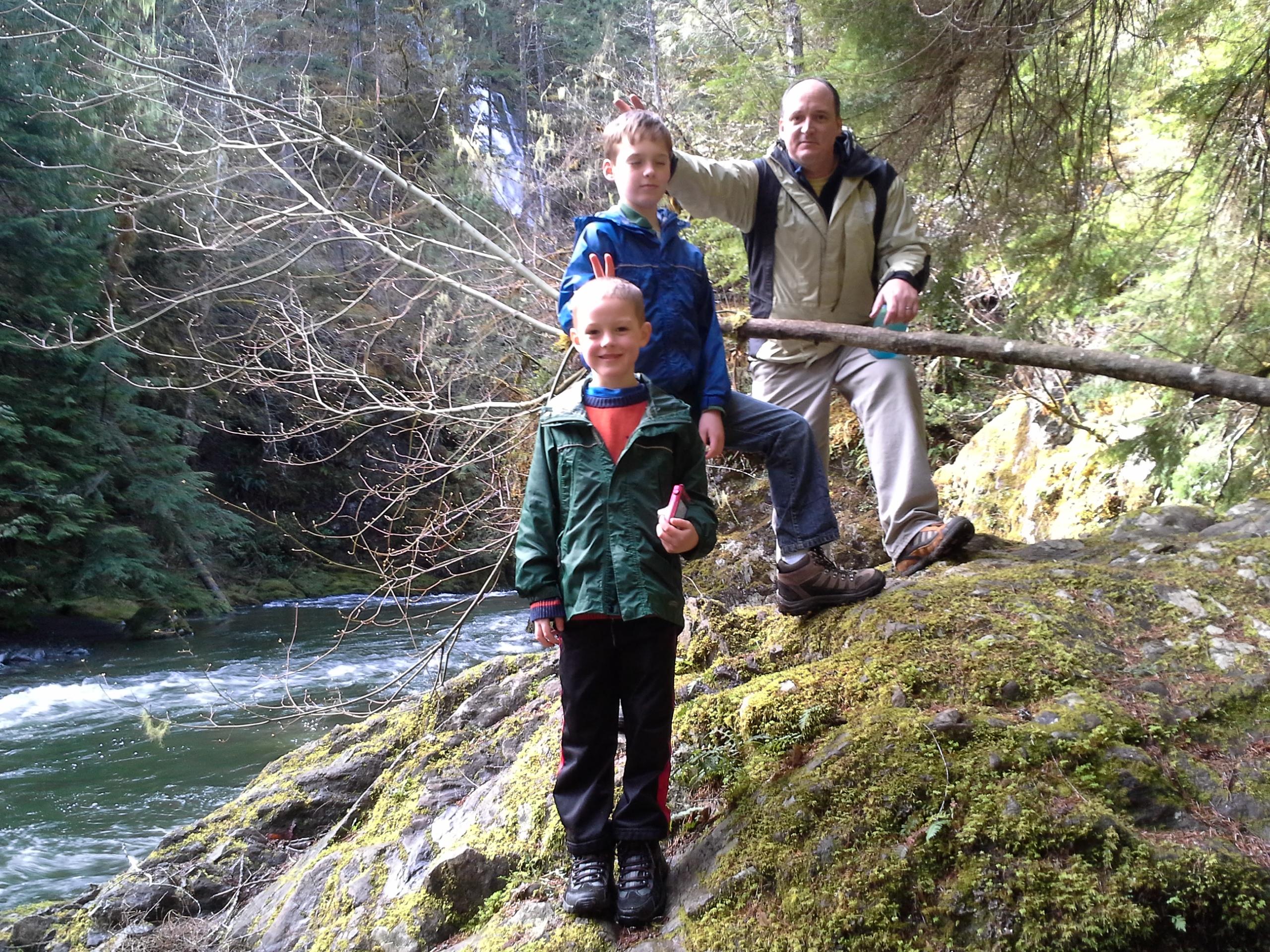 Falls View Trail